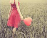 别去打扰一个不愿意理你的人,因为他心里那个最重要的人不是你
